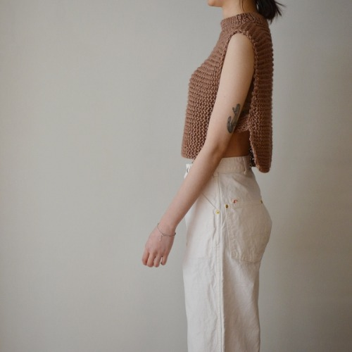 maydi ethereal vest with strap