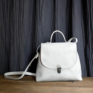 Cherevichkiotvichki small lock bag dirty white