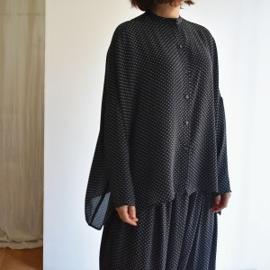 manuelle dotty silk oversize shirt