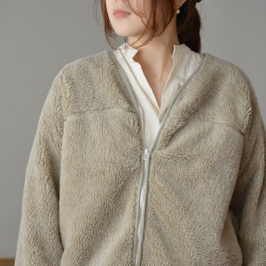 Veritecoeur fleece jacket