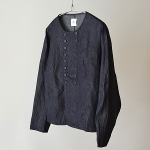 gram light denim button shirt